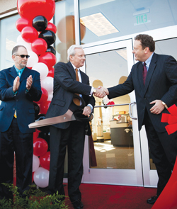 Visionworks Shares Store Opening With Independence Blue Cross